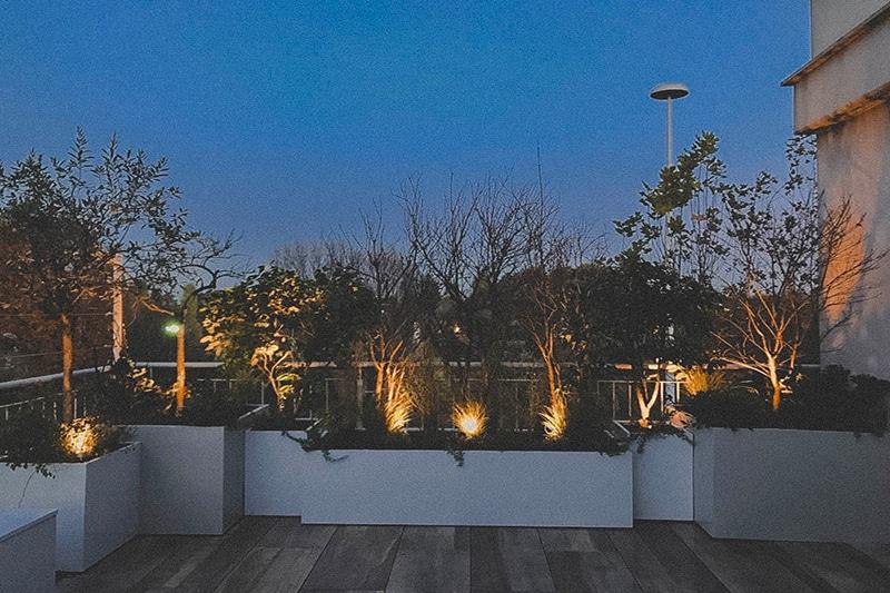 vasi-progettoombra-esternidesign-illuminazione-luci-lampade